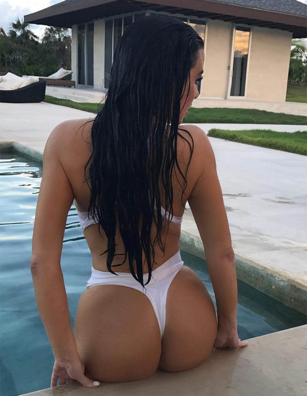 Abigail Ratchford bikini sexy 2